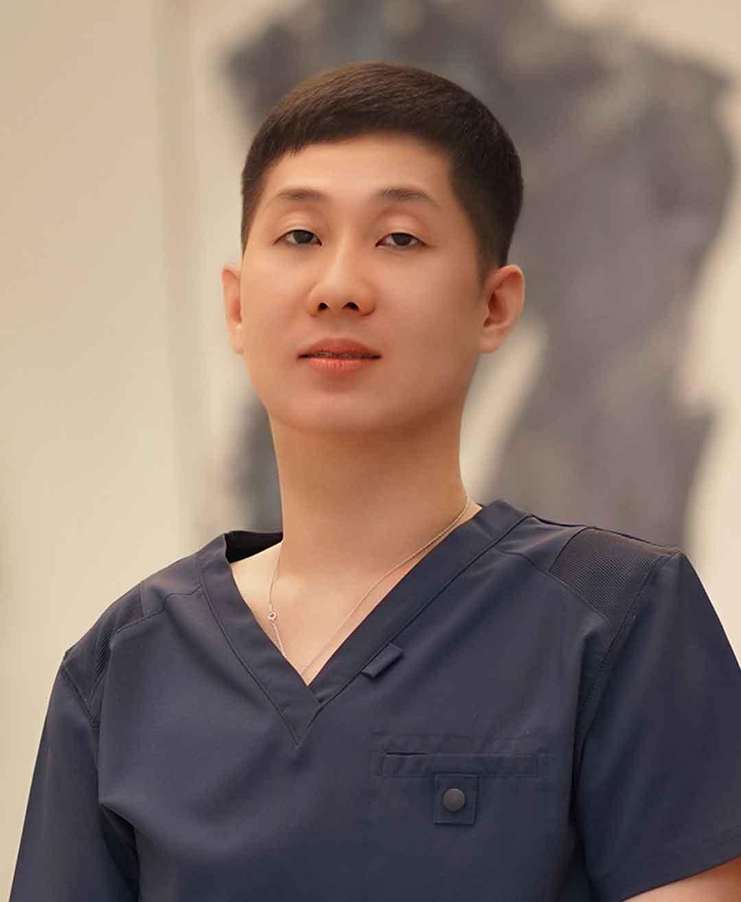 دكتور لونج